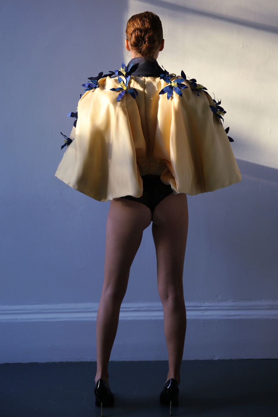 blue flower yellow notch lapel tailored jacket, opera outfit